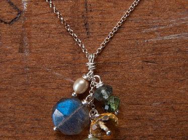 Gemstone Bouquet Necklace-2
