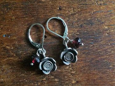 Gemstone Charmer Earrings Garnet
