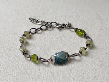 Sterling Capped Moss Aquamarine Bracelet