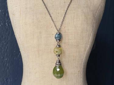 Three Stone Pendant Necklace